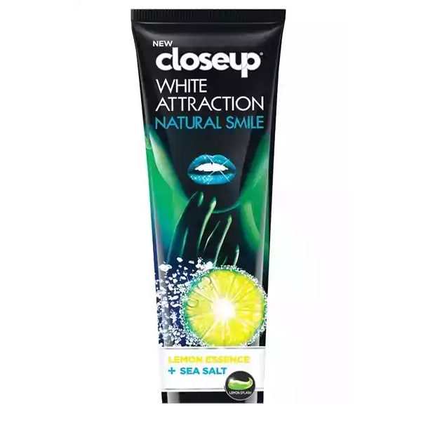 Closeup Toothpaste White Attraction Natural Smile (80 gm)